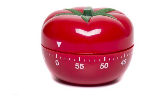 Die Pomodoro-Technik gehört zu den einfachsten Zeit- und Selbstmanagement Methoden - aber auch zu den effektivsten, um produktiver zu werden...  http://karrierebibel.de/pomodoro-technik/