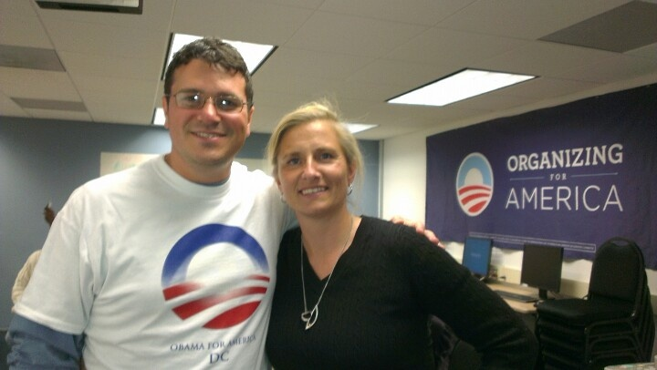 Farvel/Goodbye to the basement supporting Obamas campaign in Virginia