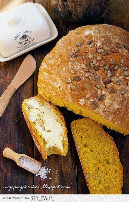 Chleb z dyni Składniki: 250g puree z dyni (klik) 2 łyżk… na Stylowi.pl