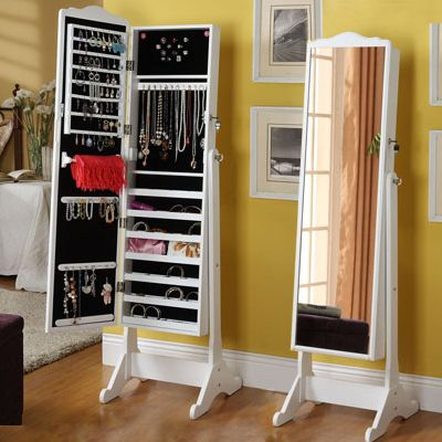 25 beste idee n over sieraden kast op pinterest juwelenkast juwelenkast en sieraden lade. Black Bedroom Furniture Sets. Home Design Ideas