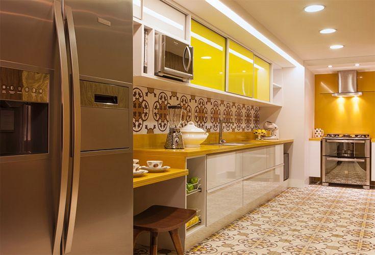 12 cozinhas amarelas pra quem gosta de fugir do tradicional - limaonagua
