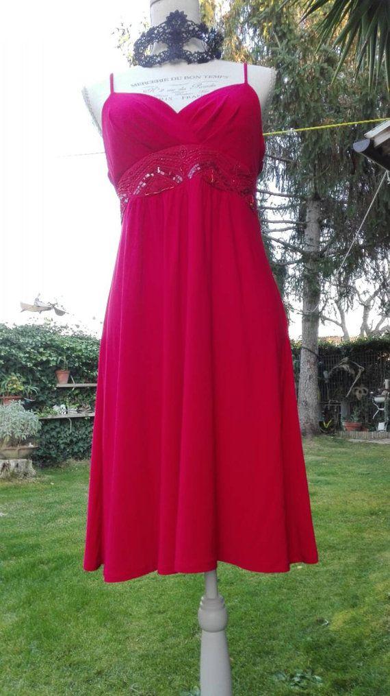 Guarda questo articolo nel mio negozio Etsy https://www.etsy.com/it/listing/260986536/vestito-shabby-chic-rosso-vintage-donna
