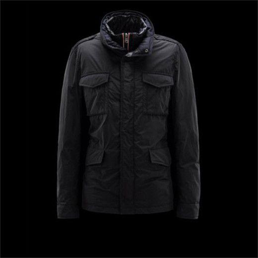 Homme au manteau noir setterfield