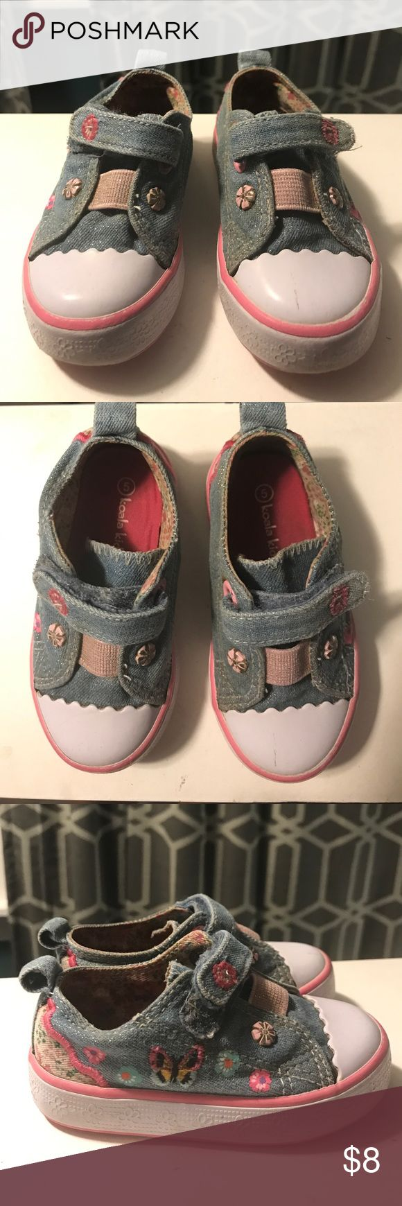 Adorable toddler sneakers Good shape, cute toddler sneakers. Floral and butterflies on denim. Great basic! Koala Kids Shoes Sneakers