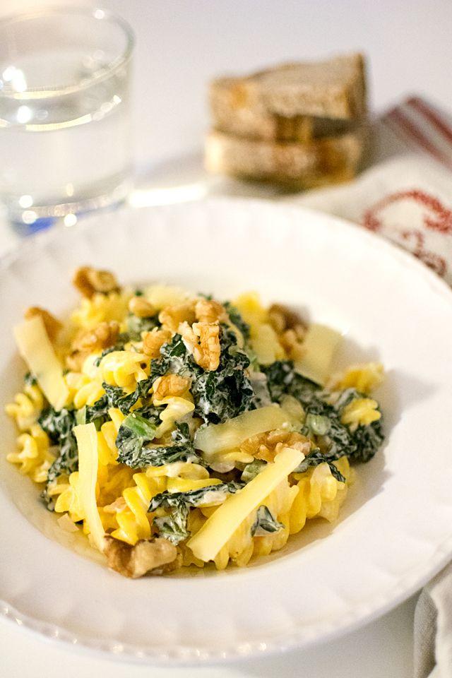 Krämig pasta med grönkål och citron