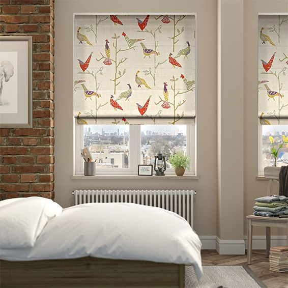 The Passaro Neutral roman blind brings a feeling of remote country cottage, with wildlife strolling the pastures green and the calm colours decorating for a sweet rustic vibe.