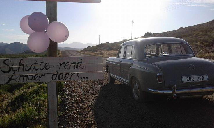 Grey vintage Mercedes car, Bon Cap Robertson