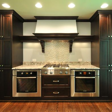 Interesting double oven layout