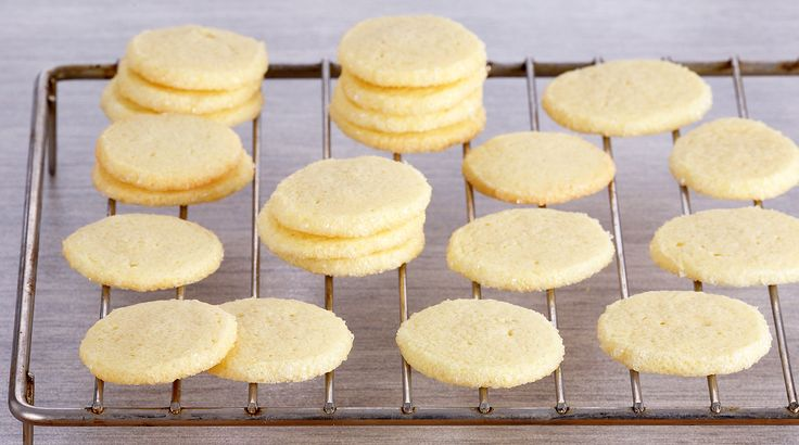 Bake With Anna Olson: Recipes: Vanilla Icebox Cookies | Asian Food Channel