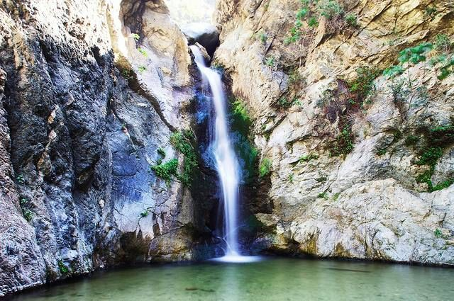 13 Outdoor Dates In Los Angeles (Eaton Canyon waterfall pictured)