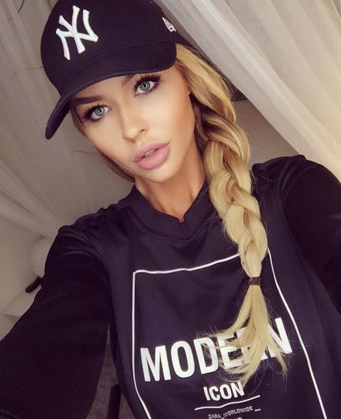 # cute sporty outfit # not a Yankees fan but nice hat # her makeup