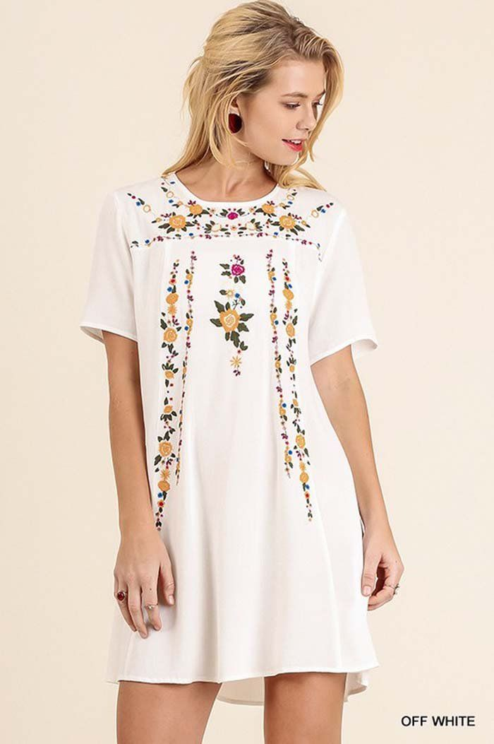 Julianne Embroidered Dress : Off White – GOZON Boutique