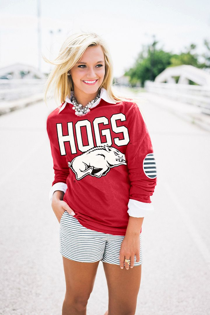 ARKANSAS ELBOW PATCH TEE