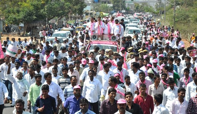 Harish slams BJP for supporting Naidu - read complete news click here.... http://www.thehansindia.com/posts/index/2015-02-26/Harish-slams-BJP-for--supporting-Naidu-133901