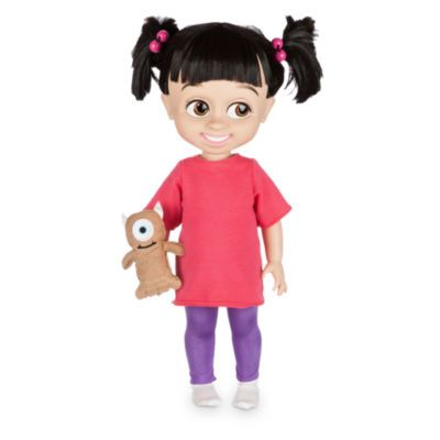 Notre poupée Animator Bouh est prête à rejoindre leur soirée pyjama ! Portant un pyjama coloré, des couettes et son nounours Mikey, elle ajoutera une touche de douceur à votre collection.
