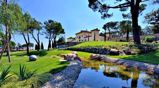 Palazzo di Varignana garden  http://www.historichotelsofeurope.com/en/Hotels/palazzo-di-varignana-resort-spa6226.aspx