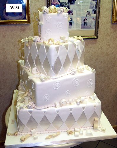 how much are wedding cakes from carlo s bakery 1000 ideas about cake wedding on country 15432