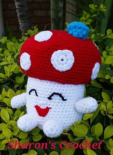 This is my interpretation of Miss Mushy-Moo - Shopkins. Plushie - Crochet Pattern. 17cm. Poppy Corn is also available in my collection