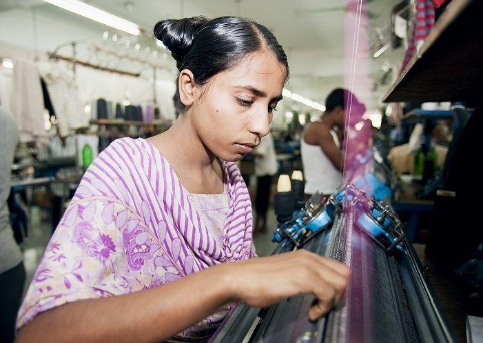 Objetivo 8: Trabajo decente y crecimiento económico   UNDP