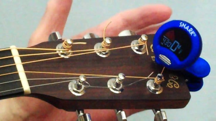 Tuning Guitar How to Tune Guitar with a Digital Tuner (Snark SN1).