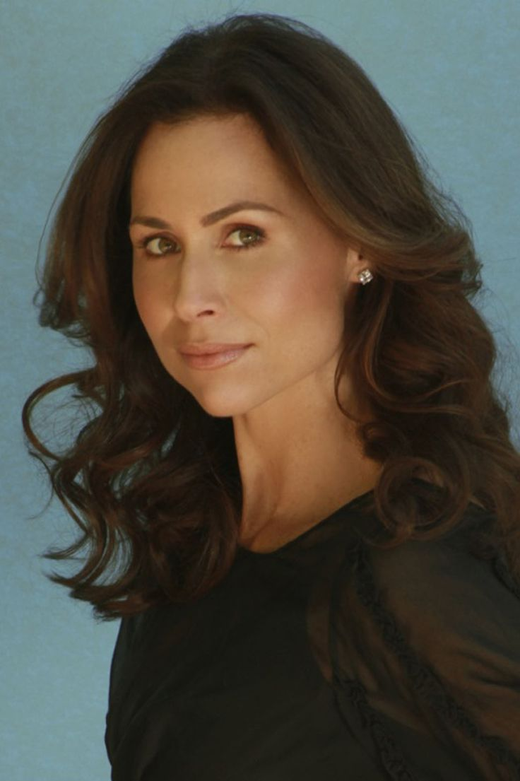 http://www.hollywoodreporter.com/sites/default/files/2013/08/minnie_driver_p_2013.jpg
