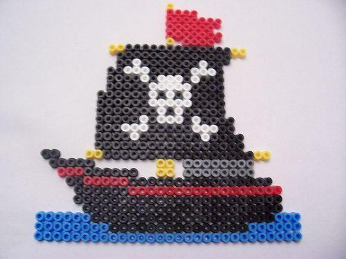 Pirate Ship / Hama perler beads