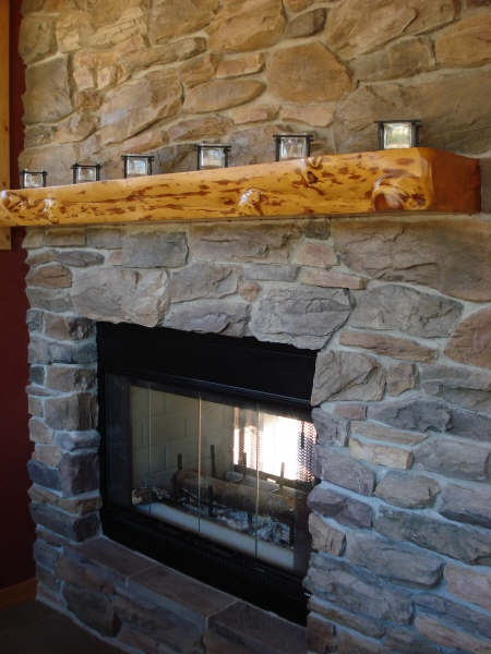 1000 Ideas About Wood Mantle On Pinterest Reclaimed Wood Mantle Mantles And Fireplaces
