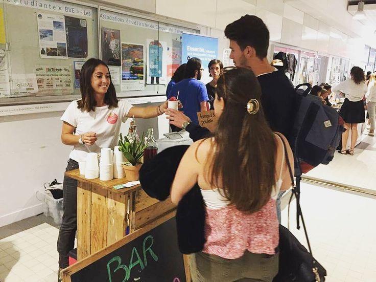 Bar à glace à l'Université de Bordeaux.  #fernandetpaulette #baraglace #bar #event #salon #entreprise #granitébio #cocktail #apéritif #animation #stand #bordeaux #universitébordeaux #bordeaux #portesouvertes #université