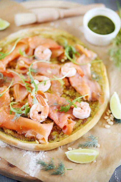 Pizza verte au saumon fumé