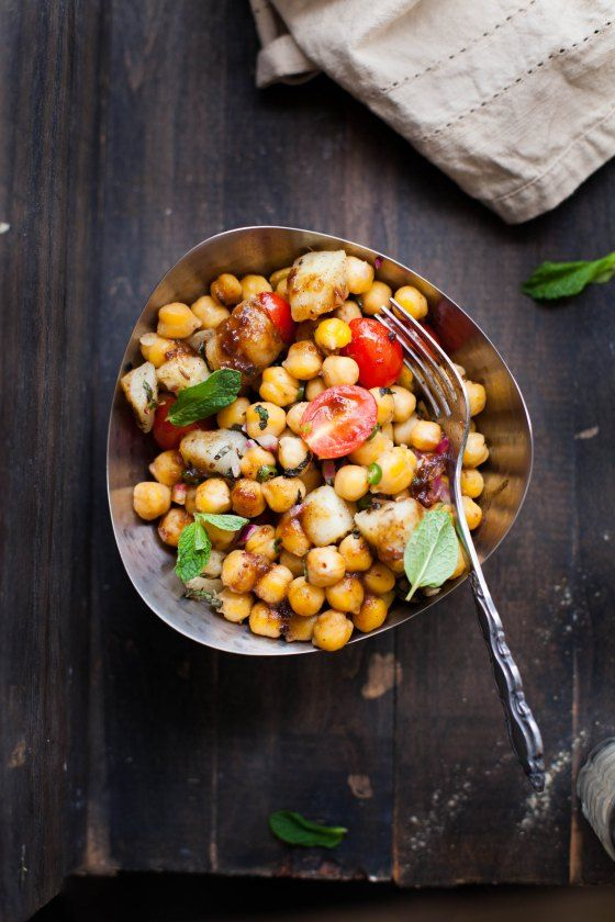 ... Chickpea Chaat/Indian Salad with Tamarind Chutney (recipe included