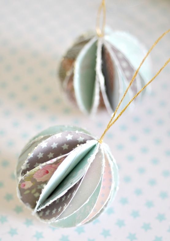 DIY: pretty paper baubles