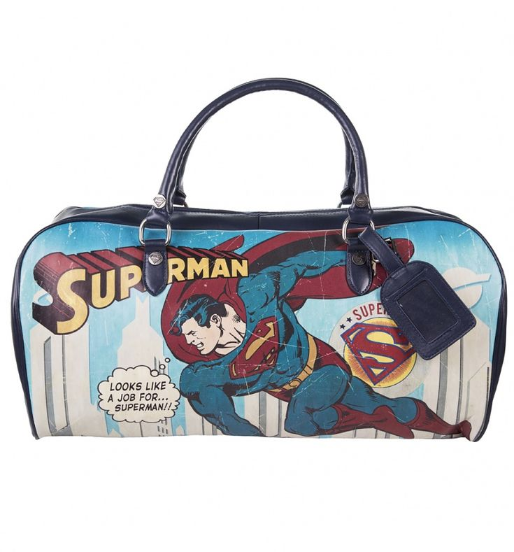 With enough space for all the essentials (and more) a Man of Steel could possibly need, this bold Superman holdall will ensure you\'re prepared for any last minute rescue missions (or just weekend breaks...)