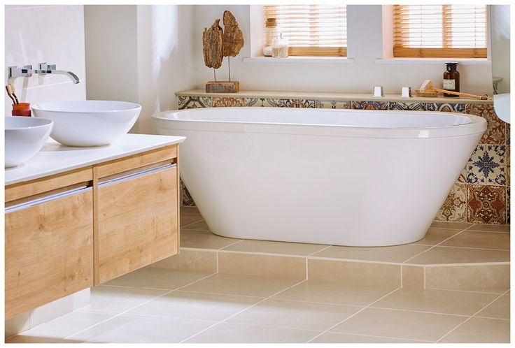 The sensuelle freestanding bath in brilliant white #bath #bathroomfurniture #myutopia