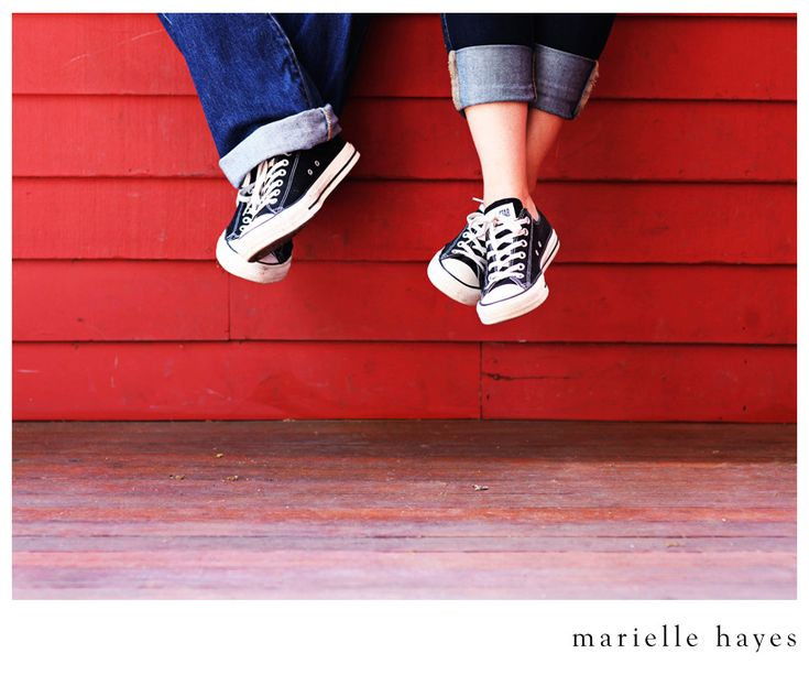 Cute matching Converse for engagement photos. This is so you.: Idée Photos, Couple Photography 3, Photo Ideas, Engagement Photos, Couple Photos, Superhero Engagement Photo, Photoshoot Spring, Wedding Engagement Photography