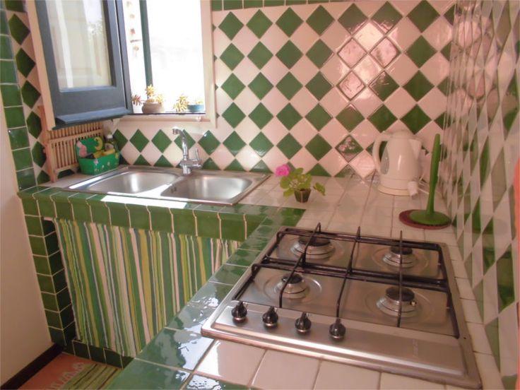 Cucina, piano cottura e lavello