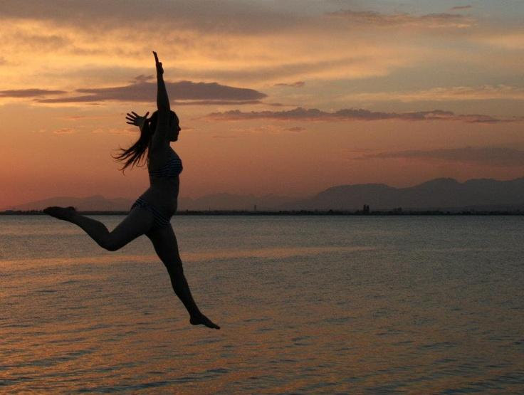 Pier jumping at sunset at Crescent Beach  #SummerInSurrey #SurreyBC