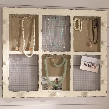 PbTeen jewelry display