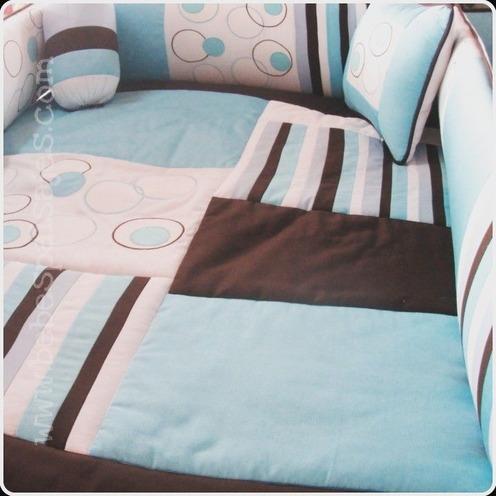 Brown & blue... Comunícate al WhatsApp: +573103126695 Info@bebespaisajes.com www.bebespaisajes.com #juegosdecuna #toallas #bebes #sabanas #niños #lenceriabebe #manta #embarazo #decoracionhabitacion #babyshower #toldo #barranquilla  #colombia #maderacountry #cuna #cunas #lenceria #decoracion #juegodecama #babybedding  #babywalldecor  #babyaccesories