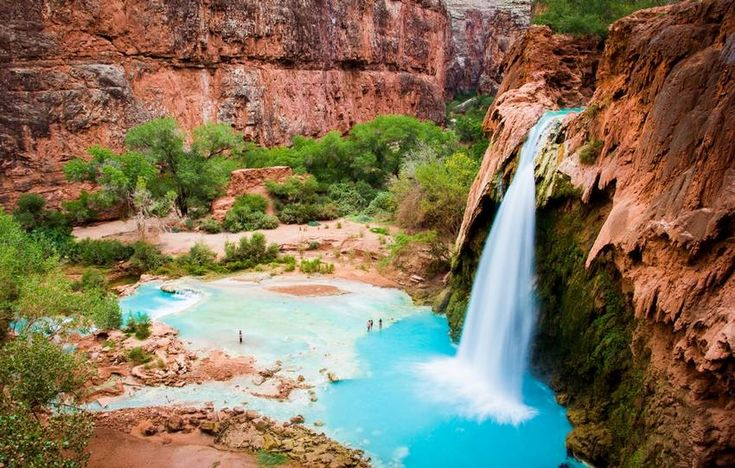 Attention les yeux : 6 piscines naturelles à découvrir autour du monde. Voilà de quoi se rafraîchir !