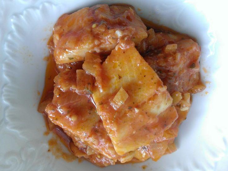 Kuchcik gotuje: Śledź w zalewie pomidorowej