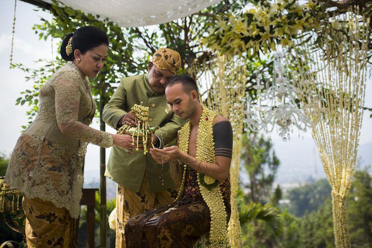 Pernikahan Kirana Larasati dan Tama Gandjar di Gedong Putih