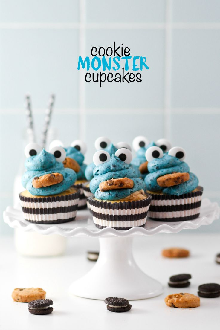 These cookie monster cupcakes are adorable AND delicious! Full of Oreos, Oreo frosting AND cookie dough frosting, they're for true sweet lovers only! Aren't these the funnest in the whole universe?? My Cookie Monster Layer Cake is one of my favorite (and your favorite) cakes ever, so I KNEW I had to create a cupcake version! Cakes will always have my heart, but sometimes cupcakes are more convenient for parties or get togethers. And everyone loves Cookie Monster, don't they? Lucy is…