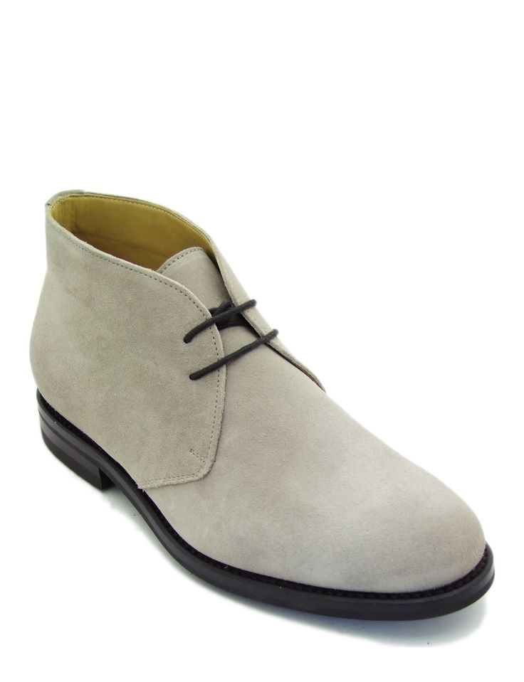#Chukka boot in soft sand suede leather. Featuring visible stitching and non-slip sole. A #classic #model for a #man who wants a #sophisticated #look even for informal occasions.