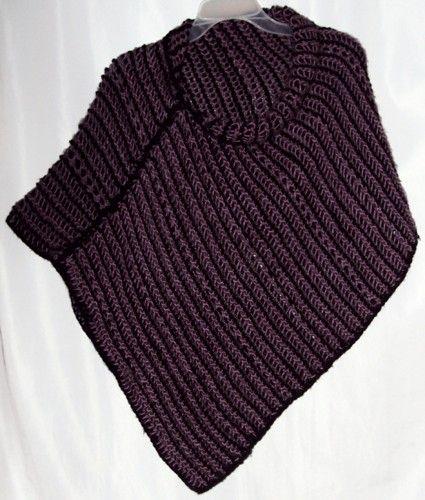 $80.000 COP Ruana en lana elaborada en tejido tunecino