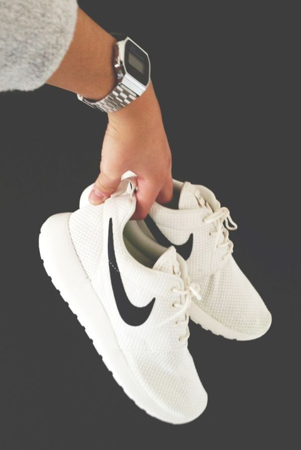 How cute are these Nike Shoes