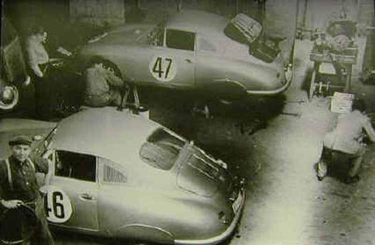 Porsche 356 SL n°46 et 47 en préparation en 1951
