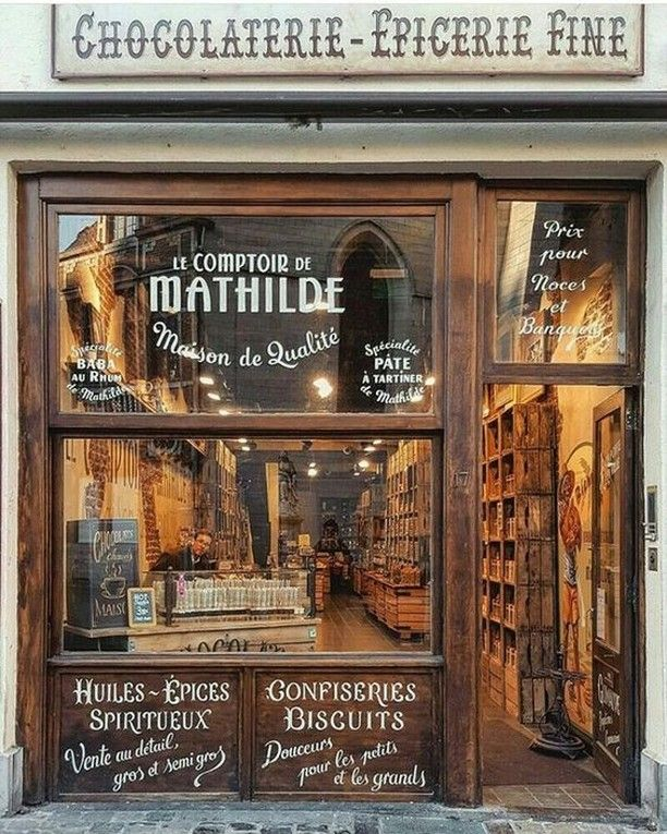 Heritage Type Co On Instagram Storefront Inspiration Le Comptoir De Mathilde In France Is A Chocolaterie And Epicerie In 2020 Shop Fronts Shop Facade Coffee Shop