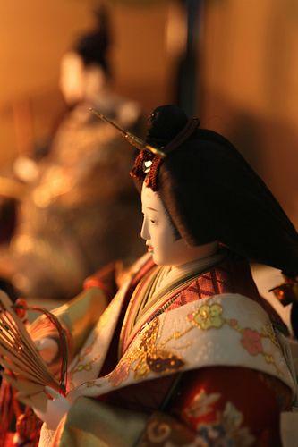 雛人形 a doll displayed on the Girl's Festival