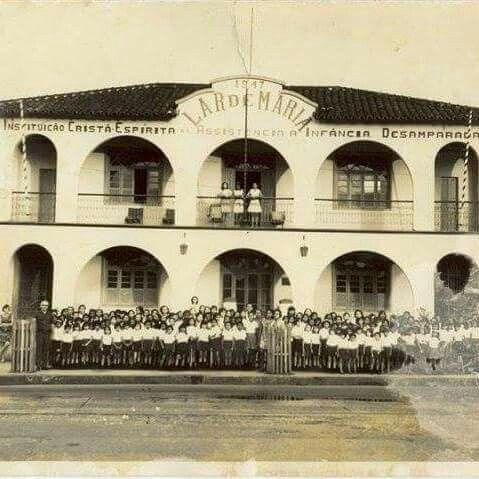 Escola e instituição espírita Lar de Maria, ainda em funcionamento. Foto: década de 40