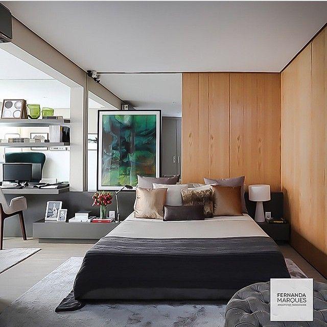 Quarto, destaque para a parede revestida com madeira e espelho que contrastou lindamente com a base cinza escolhida nesta composição!!! Projeto top by @fernandamarquesarquiteta e fotografia by @mariana_orsi #photo #bedroom #arquitetura #homedecor #homedesign #home #amazing #homestyle #decorate #instaarch #instabest #instadica #blogger #contemporâneo #cool #quarto #architecture #architect #arquiteta #decor #fabiarquiteta #Padgram